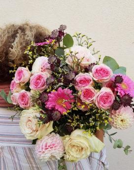 bouquet bonheur au-paradis-des-fleurs-fleuriste-neuville-sur-saone-mariage