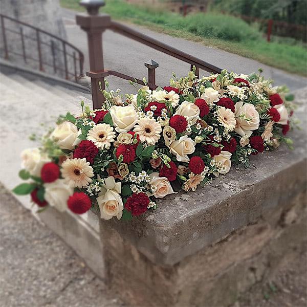 dessus de cercueil Maryse deuil décès enterrement Neuville sur Saone Lyon