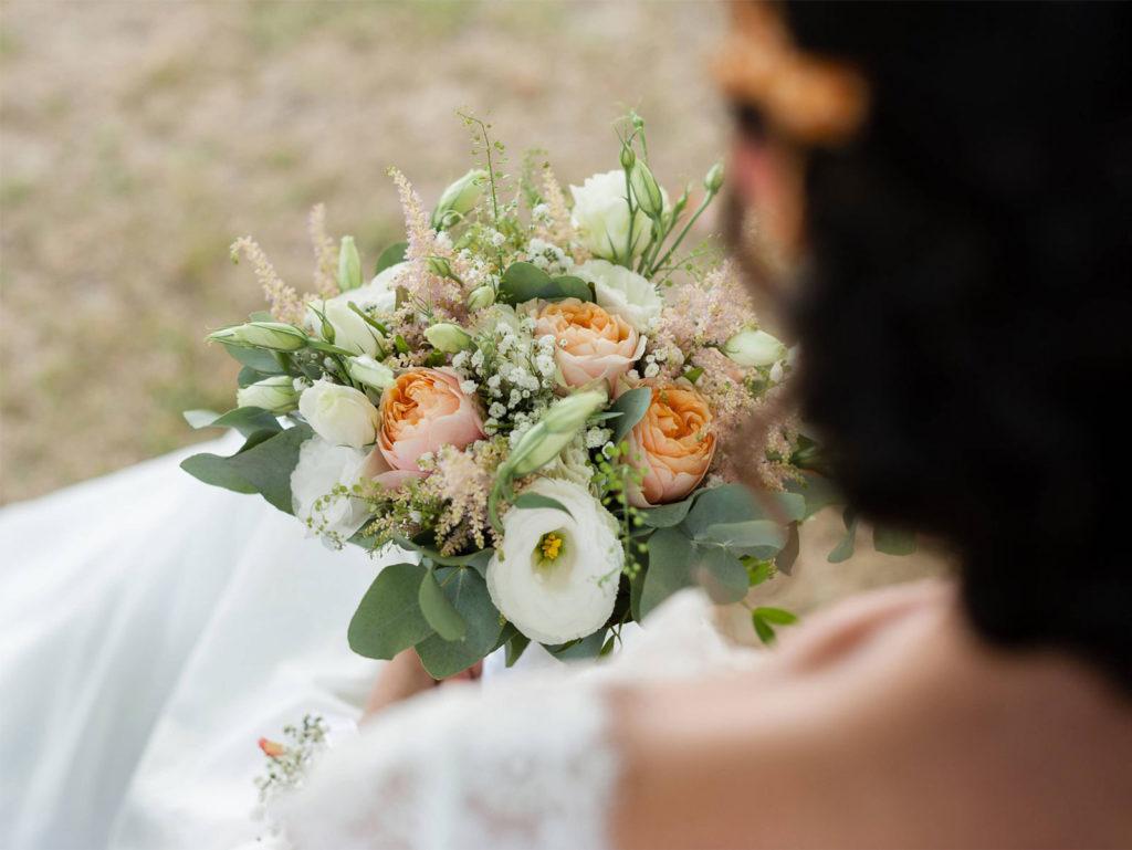 bouquet de mariee fleurs fleuriste lyon neuville sur saone mariage