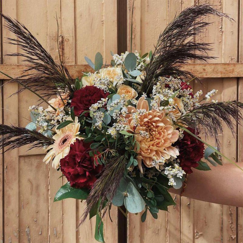 bouquet charlotte fleuriste lyon neuville sur saone mariage